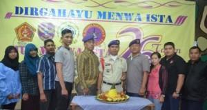 Foto Bersama Keluarga Besar Menwa Satuan ISTA