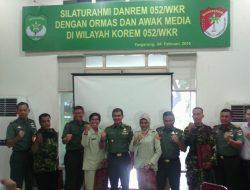 Danrem 052/Wkr Adakan Silahturahmi Ormas dan Media