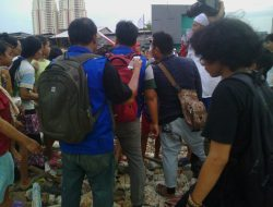 Relawan BAZNAS dan FPI Lakukan Aksi Kemanusiaan
