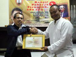 DR. Ujang Komarudin: Waspada Pekerja RRC di Indonesia Bagian Dari Imperium China Raya