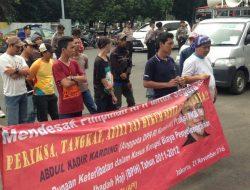 Kasus Korupsi Dana Haji 2011-2012, Aliansi Pemuda Anti Korupsi Demo KPK Segera Periksa Abdul Kadir Karding