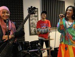 Tancapkan Eksistensi, Qayla Band Luncurkan Singel Berjudul Indah Duniaku