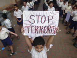 Pengamat terorisme: berbagai aksi pengeboman yang terjadi di berbagai belahan dunia dalam 24 jam terakhir memiliki keterkaitan dengan jaringan pelaku terorisme di Bekasi