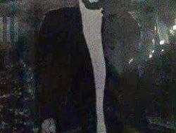 Habib Husein Bin Abu Bakar Alaydrus (Luar Batang)