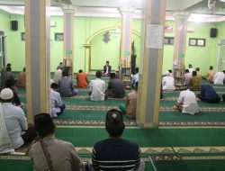 Lewat Masjid, Kelompok KKN GEMBIRA UIN Jakarta Ajak Warga Rawat Persatuan