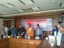 "Front Bela Indonesia Gelar diskusi Publik ""Stop Kolonialisasi Meikarta"""