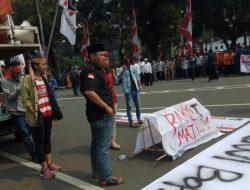 Demonstrasi Kelompok Cipayung DKI Berakhir Ricuh, Mahasiswa Diteriaki Maling ?