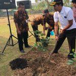 Penjabat Bupati Komarudin Ajak Pihak BSD Tanami Kembali Pohon Rambutan Parakan di Tangerang