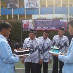 Upacara, Potong Tumpeng dan Tiup Lilin Jadi Cara SMK Farmasi 1 Tangerang Peringati Hari Guru