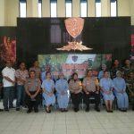 Kapolsek Cisauk beserta Anggota melakukan Donor Darah di Satbravo Dalam Rangka Partisipasi HUT ke 29 Satbravo 90 Paskhas.