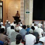 Kapolres Tangsel AKBP Ferdy Irawan, S.IK., M.Si melaksanakan kegiatan Jumat Keliling (Jumling)di Masjid Al Aqsha