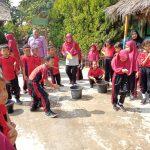 Para Siswa-Siswi SDN Negeri Belendung Meriahkan Hut RI Ke-74