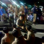 Kapolres Metro Tangerang Kota, Kombes Pol. Abdul Karim S.I.K.M.S.I Berikan Binaan Kepada Puluhan Pelajar Yang Hendak Ikut Aksi Demo
