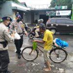 Bhakti Sosial Jajaran Kompi 2 Batalyon C Pelopor Berbagi Peduli Kepada Rakyat