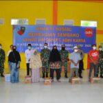 Lanud SIM Bersama PT.Adhi Karya Bagikan Sembako Kepada Masyarakat Aceh Yang Terdampak Covid 19