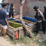 Personil Brimob Polda Jabar Kunjungi Peternak Ikan guna mendukung Program Ketahaan Pangan Nasional