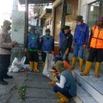 Patroli Himbauan Protokol Kesehatan Kepada Petugas Kebersihan GOBER Jl. Pajajaran Bandung