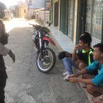Lagi – Lagi Tidak Bermasker, Kumpulan Anak Remaja Kena Tegur Patroli Brimob Jabar