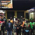 Cegah Corona, Polsek Panyileukan Bersama Muspika Kecamatan Cibiru Lakukan Penyekatan Pedagang Pasar Tumpah 46