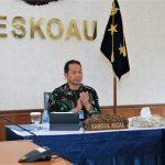 """Marsekal TNI (Purn) Chappy Hakim Terbitkan Buku """" Air Force Leadership"""", Danseskoau ; Buku Ini Sangat Penting Untuk Kebutuhan TNI AU"""