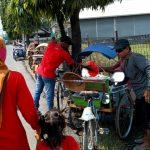 Kompak, Ditengah Pandemic Group BOS dan Maspolin Jatim Berbagi Nasi Kotak