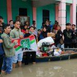 PAC dan DPAC PKB di Bekasi Beri Bantuan Untuk Korban Banjir