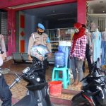 Personel Polres Ciamis Lakukan Pengawasan Penerapan Prokes di Sejumlah Titik Keramaian