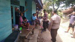 Giatkan posko PPKM Mikro Di Desa Cikawung Anggota Polsek Terisi