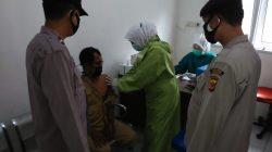 Anggota Polsek Terisi Pengamanan Penyuntikan Vaksinasi Dosis 2
