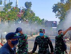 Bersihkan Udara dan Covid-19, Sektor 22 Citarum Harum Semprotkan Eco Enzyme Di Beberapa Ruas Jalan Di Kota Bandung
