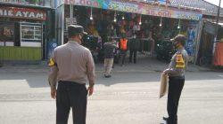 Anggota Polsek Lelea Giat Ops Yustisi Himbauan Prokes Di Jalan Umum