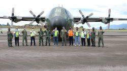 Pesawat Hercules TNI AU C-130 Perdana Mengangkut Pasukan Satgas Pam Perbatasan Papua melalui Bandara Rembele Bener Meriah