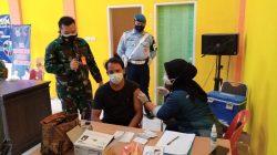 Lanud SIM Gelar Serbuan Vaksin Lagi Di Aula Kecamatan Blang Bintang