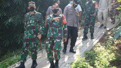 Danrem 052/ WKR Mengecek dan Meyakinkan Langsung Bantuan Pemerintah Tepat Sasaran