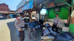 Patroli Sambangi Pangkalan Ojek, Brimob Jabar Berikan Himbauan Protokol kesehatan dan Kamtibmas