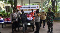 Kapolres Salurkan Bansos Kepada Para Seniman di Kota Banjar Usai Divaksin