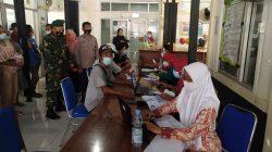 Anggota Polsek Terisi Monitoring Penyuntikan Vaksin UPTD Puskesmas