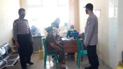 Giat PAM Dan Monitoring Vaksinasi Anggota Polsek Lelea Di Puskesmas