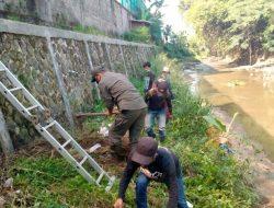 Kembalikan Pungsi Sungai, Sektor 22 Citarum Harum Sub 14, Bersihkan Sungai Cikapundung
