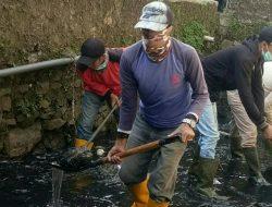 Sektor 22 Citarum Harum Sub 14, Bersihkan Anak Sungai Cikapundung