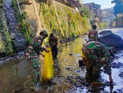 Dansub 8 Sektor 22 Citarum Harum, Pimpin Langsung Pembersihan Sungai Cikapundung