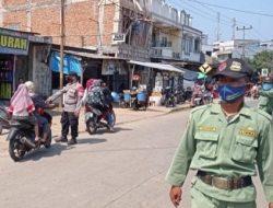Pengawasan Terus Diperketat Oleh Kapolsek Cipeundeuy di Pasar Tradisional