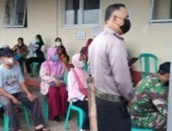 Giat Monitoring Vaksinasi Di Kantor Puskesmas Anggota Polsek Lelea