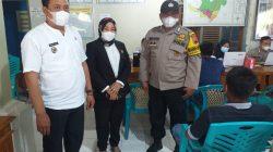 Kapolsek Gemuh Pantau Pelaksanaan Vaksinasi Covid 19 Tahap II Di Desa Ngerjo