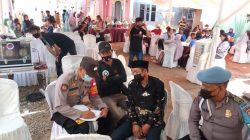 Himbauan Prokes Di Desa Jatisura Anggota Polsek Cikedung Dalam Rangka PPKM Level 2