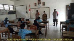 Anggota Polsek Arahan Pengawasan Prokes Di MI MA'ARIF Pranggong