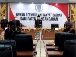 Pandangan Umum Fraksi Golkar Dan Fraksi Persatuan Terhadap Penyampaian Rancangan KUA Dan PPAS Kabupaten Pangandaran