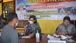 7 Personil Vaksinator Angker Serbu Masyarakat Dok V Bawah Mandala Jayapura