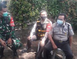 Anggota Polsek Cisarua Melaksanakan Sambang Silaturahmi Dan patroli Lingkungan Wilayah Desa Kertawangi