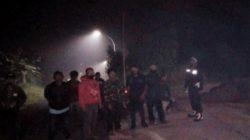 Anggota Polsek Cisarua Intens Melakukan Patroli Malam Bubarkan Kerumunan